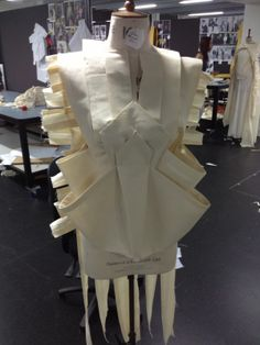Draping on the stand - architectural fashion design development - garment construction techniques; dressmaking; sewing; moulage