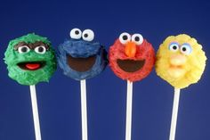 Generally not a fan of cake pops, but these are super cute!  Smile-inducingly adorable Sesame Street Cake Pops.