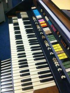 HAMMOND Orgel Serie 2100, mit Bass-Pedal und Sitzbank in Nordrhein-Westfalen - Kleve | Musikinstrumente und Zubehör gebraucht kaufen | eBay Kleinanzeigen