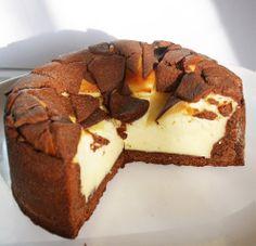 Das Rezept für Zupfkuchen schmeckt besonders Kindern gut, da sie Spaß daran haben, sich die Stücke vom Kuchen zu zupfen.