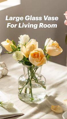 Living Room Decor Items, Living Room Furniture, Large Glass Vase, Home Hacks, Home Renovation, Home Organization, Home Remedies, Home Interior Design, Flower Arrangements