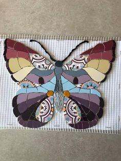 Stained Glass Art, Mosaic Glass, Mosaic Tiles, Tiling, Butterfly Mosaic, Mosaic Flowers, Mosaic Crafts, Mosaic Projects, Free Mosaic Patterns