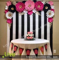 Birthday Table Decorations For Boyfriend 15 Ideas Husband Birthday, Boyfriend Birthday, Paper Flower Backdrop, Paper Flowers, Kate Spade Party, Birthday Table Decorations, 40th Birthday Parties, Cake Birthday, Birthday Ideas