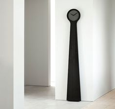 Gothenburg Studio Forsberg has released a series clocks. The white table clock is made of marble, the anthracite version incorporates diabase and the gray one sand – taken directly from the seabed between Sweden and Denmark. the 'tidvis wall' features black pigmented ash with its face also cast in diabase with a combination of black pigments.  http://www.designboom.com/design/johan-forsberg-constructs-grandfather-clocks-using-concrete-02-18-2014/
