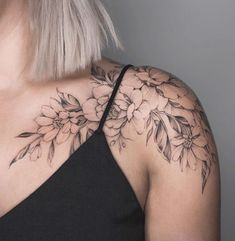Floral shoulder piece by Tritoan Ly