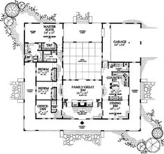 U Shaped House Plans Single Level   Home Ideas  floor plans    Ranch Style House Plans   Square Foot Home  Story  Bedroom and