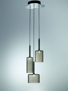 :: LIGHTING :: Italian lighting manufacturer Axo Light have introduced the Spillray pendant lamp.
