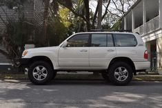 Selling my -Lexus - Fully loaded Purchased from an older couple in the upstate. Very clean truck. Landcruiser 79 Series, Landcruiser 100, Lexus 470, Carros Toyota, Toyota Land Cruiser 100, Toyota 4, Lexus Cars, Trailers For Sale, 4x4