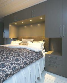 Bilderesultat for skap bygget opp rundt seng ikea Bedroom Built Ins, Small Master Bedroom, Cozy Bedroom, Bedroom Ideas, Bedroom Decor, Bedroom Closet Design, Small Bedroom Designs, Home Room Design, Bedroom Wardrobe
