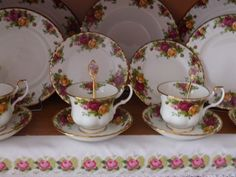 roses Royal Albert