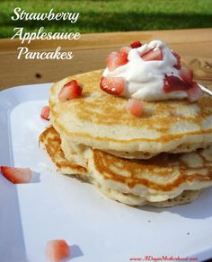 Strawberry Applesauce Pancakes with Pompeian Olive Oil #PledgeforEVOO AD