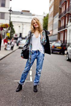 Excelente look portan esta linda chica y tu al igual que ella puedes verte como toda una Street Style con Stephan Salón y Spa ¡Te estamos esperando!