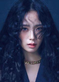 Yg Entertainment, K Pop, South Korean Girls, Korean Girl Groups, Bts Black And White, W Korea, Blackpink Photos, Asian Celebrities, Pretty Asian