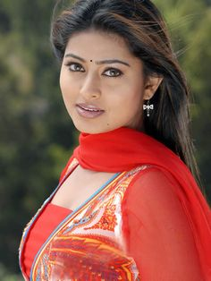A Wedding For Everyone! Beautiful Girl Indian, Beautiful Girl Image, Most Beautiful Indian Actress, Beautiful Women, Beautiful Lips, Beautiful Saree, Indian Natural Beauty, Indian Beauty Saree, Asian Beauty