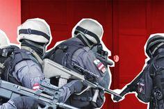 10 Dinge, die man (NICHT!) tun sollte, wenn das SEK in Berlin an die Tür klopft -  http://www.berliner-buzz.de/10-dinge-die-man-nicht-tun-sollte-wenn-das-sek-in-berlin-an-die-tuer-klopft/
