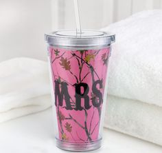 The perfect tumbler for any gal who loves the outdoors! Clear, plastic water tumbler with pink camouflage design and Water Tumbler, Tumbler With Straw, Tumbler Cups, Graduation Party Favors, Wedding Party Favors, Plastic Tumblers, Tumblers With Lids, Pink Camouflage, Newlywed Gifts