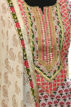 Best 10 Pure Cotton block printed Kurta with Gota detailing on Neck and sleeves Hand made gota tassels detailing on neck Paired with – SkillOfKing. Neck Designs For Suits, Neckline Designs, Dress Neck Designs, Stylish Dress Designs, Designs For Dresses, Sleeve Designs, Salwar Designs, Kurta Designs Women, Kurti Designs Party Wear