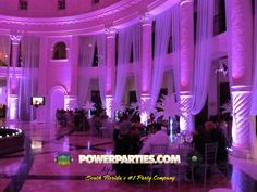 Uplighting. This is the colonade in coral gables!