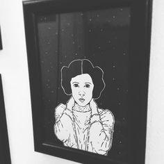 #drawing #draw #illustration #illustrator #linework #ink #print #screenprinting #paper #sketch #princessleia #starwars #carriefisher #darkartists #hydeomega #space #star
