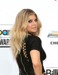 Fergie rocks sexy waves
