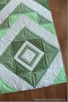 I really love the quilting in this one, it makes the lines way more fun.