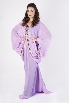dascollection.com - an abaya that isn't black!