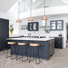 Mid-Century Modern: The Interior Trend You Need To Know About – Industville Kitchen Room Design, Kitchen Family Rooms, Modern Kitchen Design, Home Decor Kitchen, Interior Design Kitchen, New Kitchen, Home Kitchens, Modern Kitchen Island, Modern Interior Design