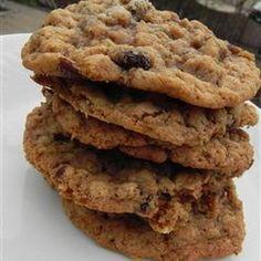 The Best Oatmeal Cookies @keyingredient