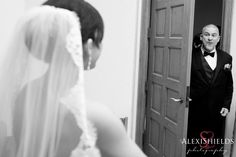 The moment where dad sees his daugher as a bride for the first time | precious wedding moments | Father of the bride | wedding photojournalism | Alexi Shields Photography