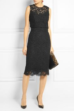 Black cotton-blend lace Concealed snap and zip fastening at back 69% cotton, 26% viscose, 5% polyamide; lining: 86% silk, 8% cotton, 4% elastane, 2% polyamide Dry clean
