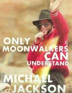 """Seul les Moonwalkers peuvent comprendre Michael Jackson""...☺ _MoonwalkersAroundTheWorld_"