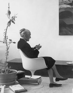 """Portrait of Georgia O'Keeffe. """"I like an empty wall because I can imagine what I like on it."""" – Georgia O'Keeffe."""