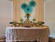 diy Design Fanatic: Graduation Dessert Table