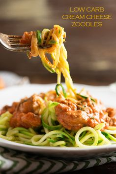 Low Carb Cream Cheese Spaghetti Zoodles - This low carb keto recipe is perfect for a family dinner! Even my kids love these zoodles!