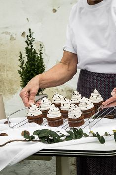 Cupcakes, Diy Blog, Good Mood, Cupcake Recipes, Birthday Cake, Sweets, Vegan, Cream, Cooking