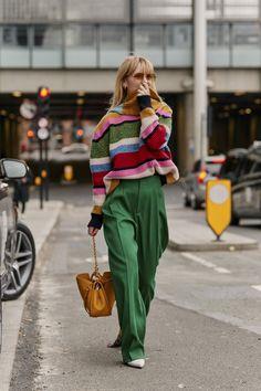 London Fashion Week Fall 2019 Street Style Day 2 - Looks , Italian Street Style, Nyc Street Style, Rihanna Street Style, Printemps Street Style, Autumn Street Style, Street Styles, Paris Street, Street Chic, Street Look