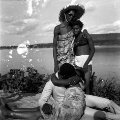 Les retrouvailles au bord du fleuve Niger, 1974. Malick Sidibe
