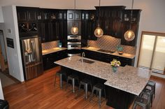 Waypoint Living Spaces   Style 512 in Maple Espresso