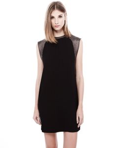 STRAIGHT CUT DRESS WITH TEXTURED SHOULDER DETAIL - NEW PRODUCTS - WOMAN - PULL&BEAR Thailand
