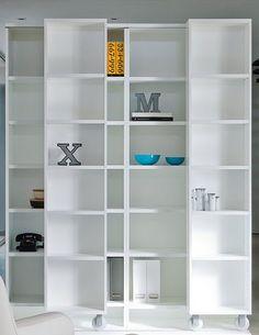 Open #bookcase LITERATURA CLASSIC by Punt | #design Vicent Martínez #white #books @puntmobles