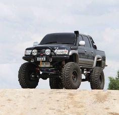 Black SAS Toyota Hilux
