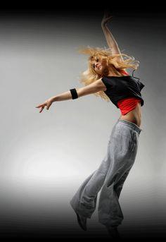 Resultat av Googles bildsökning efter http://1.bp.blogspot.com/_f3l62OMHN9o/TMlhPnvytiI/AAAAAAAABYk/vrpvQ6bApJw/s1600/dancing.gif
