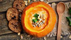 Forró levesek hideg napokra Pumpkin Soup, Pumpkin Carving, Fall Recipes, Soup Recipes, Warm Autumn, Roasting Pan, Dessert, Fall Pumpkins, Gourmet