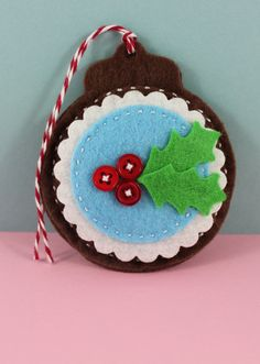 Felt Holly Berry Christmas Tag
