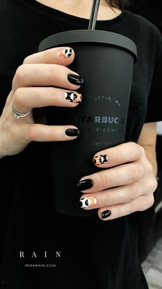 31 ideas for manicure ideas matte black white Black Nail Art, Black Nails, Matte Black, Black White, Black Art, Trendy Nail Art, New Nail Art, Matte Nails, Acrylic Nails