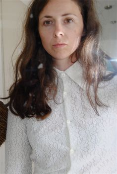 Anna in vintage lace shirt from www.shareyourcloset.dk