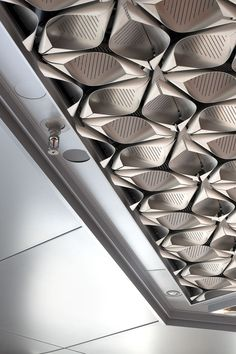 Architectural Metalwork at New Bloomberg HQ London Floor Ceiling, Metal Ceiling, Architecture Details, Interior Architecture, Ceiling Detail, Ceiling Texture, Ceiling Installation, Ceiling Treatments, False Ceiling Design