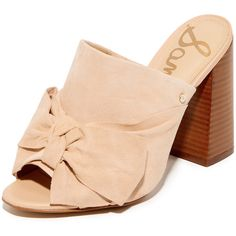 Sam Edelman Yumi Bow Mules (1.915 ARS) ❤ liked on Polyvore featuring shoes, natural naked, leather mule shoes, sam edelman, genuine leather shoes, leather footwear and bow shoes