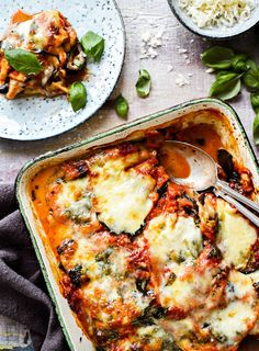 Melanzane | K-Ruoka #parmigianadimelanzane #munakoiso #parmesaani I Love Food, Good Food, Yummy Food, Wine Recipes, Cooking Recipes, Vegetarian Recipes, Healthy Recipes, Easy Delicious Recipes, Vegan Foods