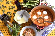 Broad bean and pasta soup (Kusksu) Pasta Soup, Maltese, Fabulous Foods, Ramen, Gourmet, Beans, Traditional, Lifestyle, Fresh